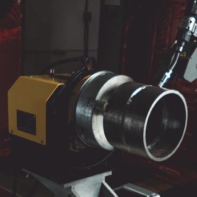 Spool welding robot positioner
